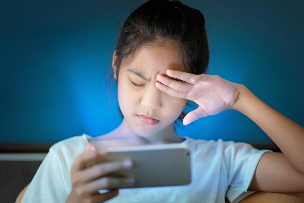 近年指摘されているブルーライトの影響と睡眠の関係1