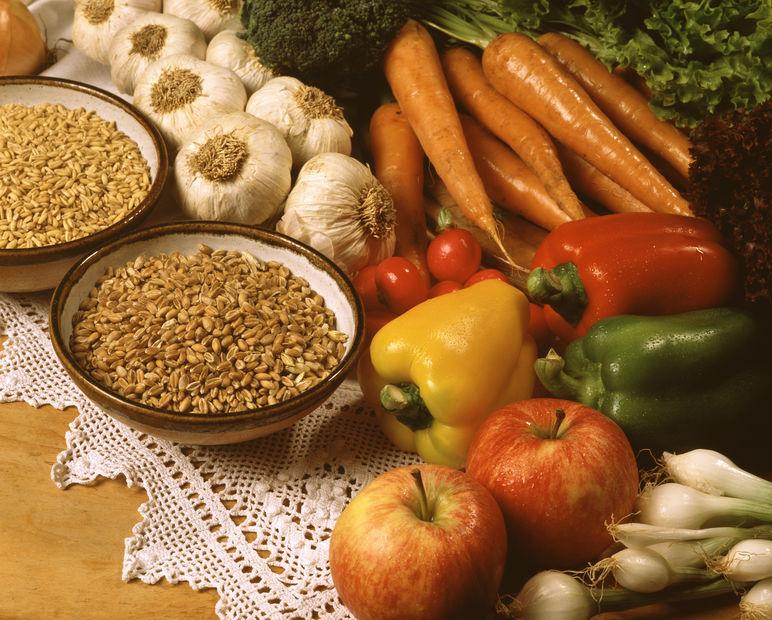 不足気味な栄養素を理解して冬の乾燥・肌荒れの悩みを一掃2