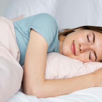 ぐっすり眠るために、日常生活を見直しましょう!