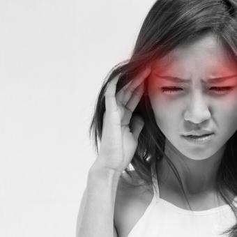 頭痛の原因は低気圧?知っておきたい気象病について
