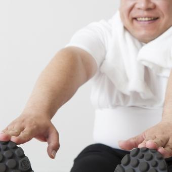 硬い体はケガのもと?年を取っても柔軟さを保つストレッチテクニック