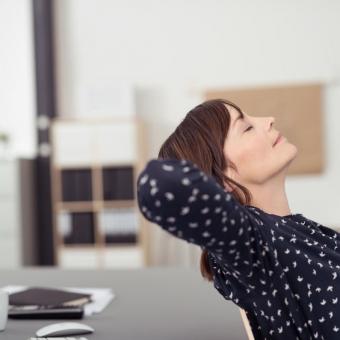 10分で回復!?短時間の仮眠で作業効率をアップしよう