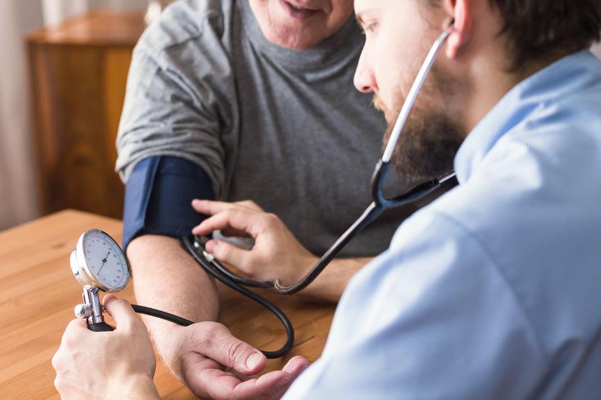 肥満は高血圧や高脂血症を引き起こす!