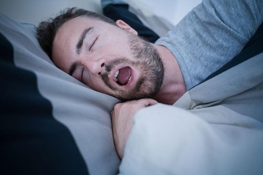 いびきや口臭の原因は口呼吸?!口呼吸の弊害とは?1