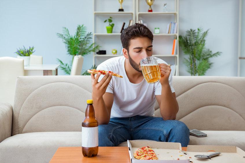 飲酒時には避けたい!太りやすいお酒と食べ物の組合せ