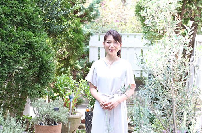 【調香師に聞く】ハーブ香る庭でWeb用撮影